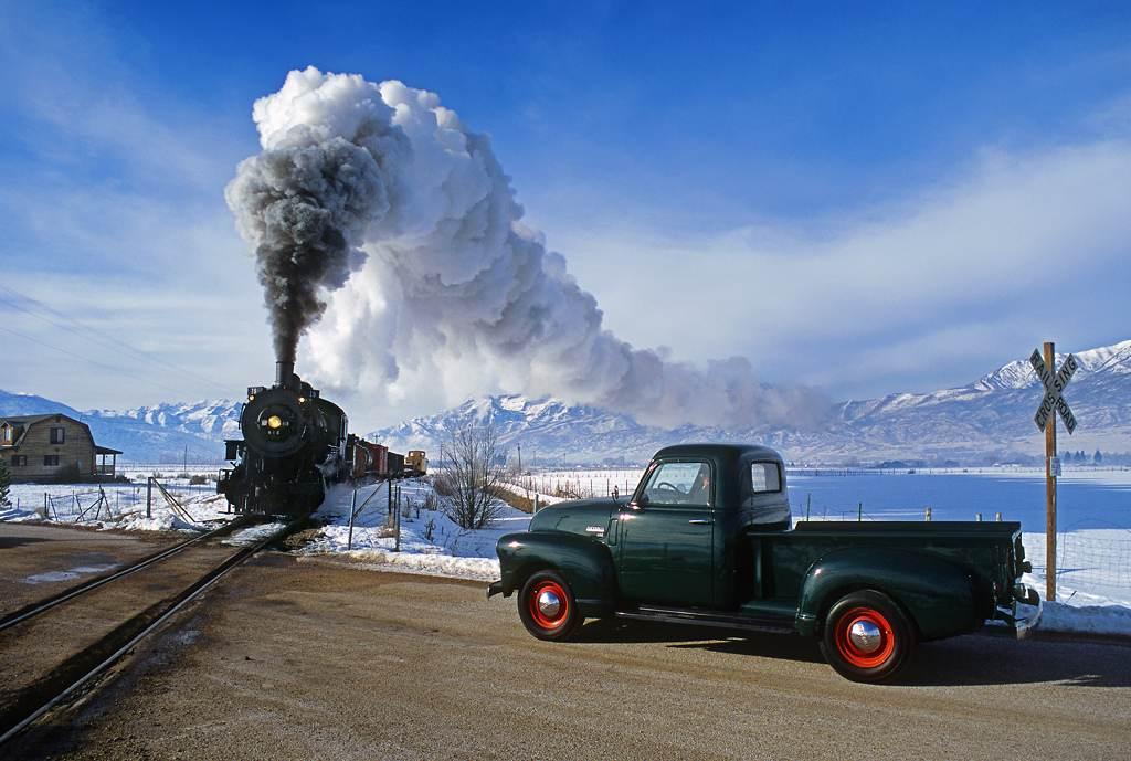 trains-snow-10