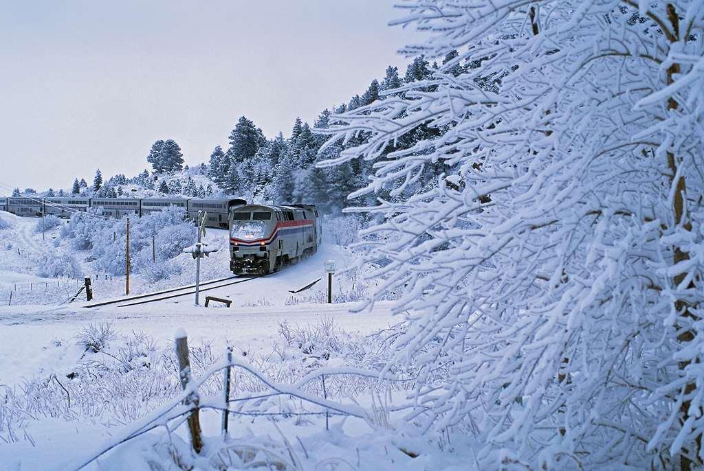 trains-snow-16