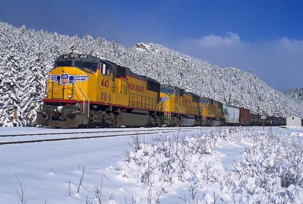 trains-snow-17-Copy