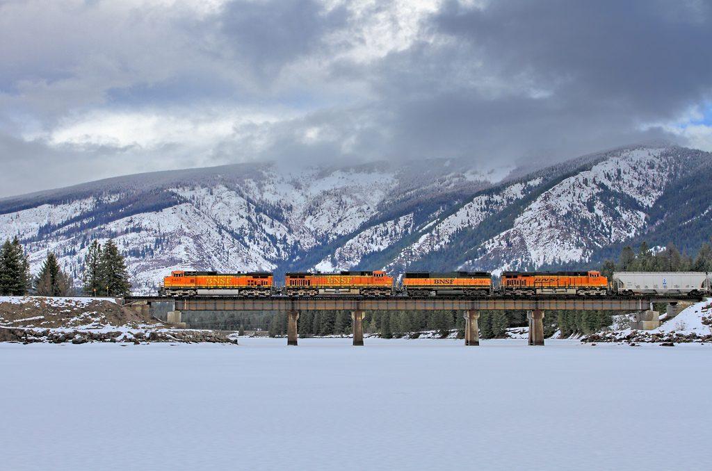 trains-snow-36