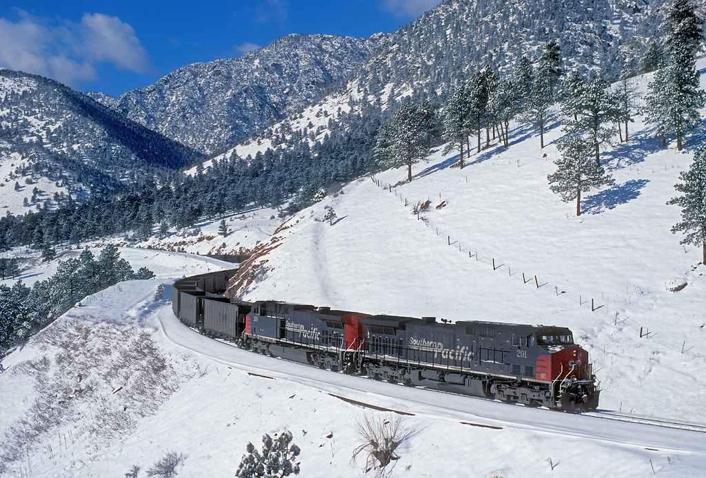 trains-snow-42