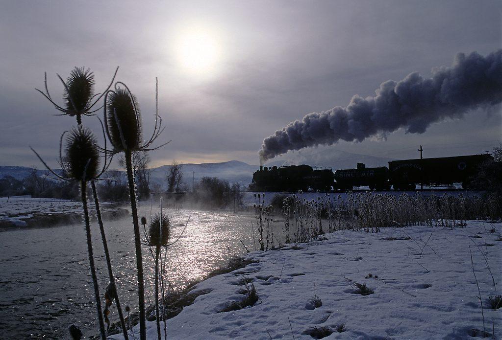 trains-snow-43