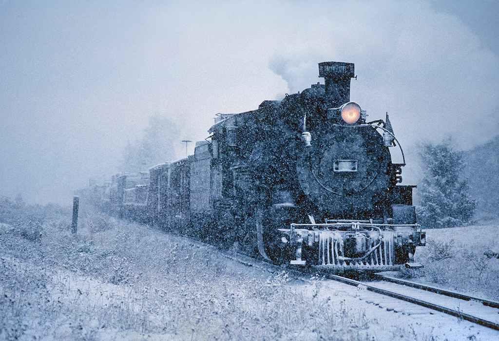 trains-snow-46