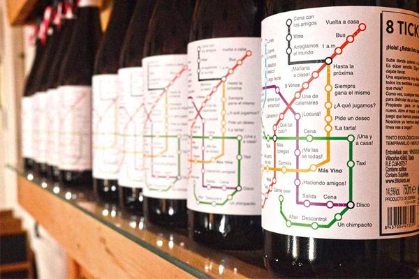 Un packaging de vino que emula un plano de metro.
