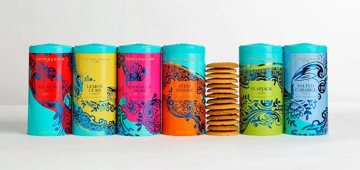 Packaging colorido de las galletas de Fortnum & Mason