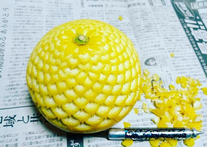 La artista japonesa Gaku se dedica a tallar frutas y verduras
