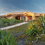 Dick Clark's Flinstones Inspired Home in Malibu #design #architecture #arquitectura #fotografia