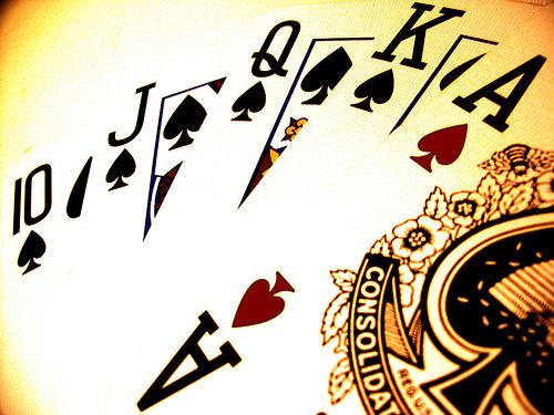 Como se juega al poker cubierto