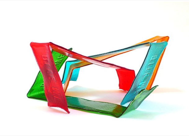 lombok_design_marketin_comunicacion_bit_me_lampara_victor_wayne_vetterlein
