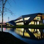 Vidre Negre Office Building en Italia #arquitectura #design #architecture #fotografia