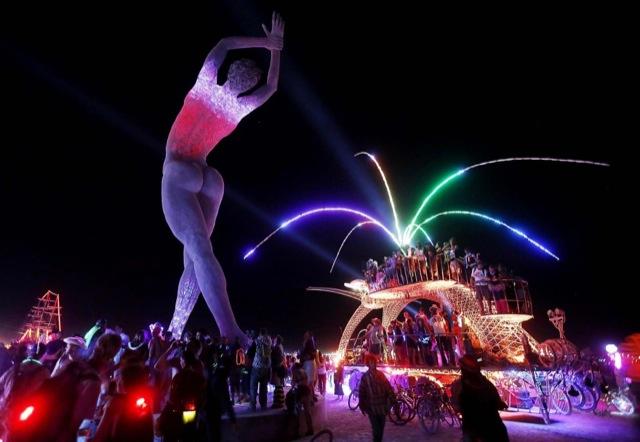 Burning Man 2013 04 - Lombok Design
