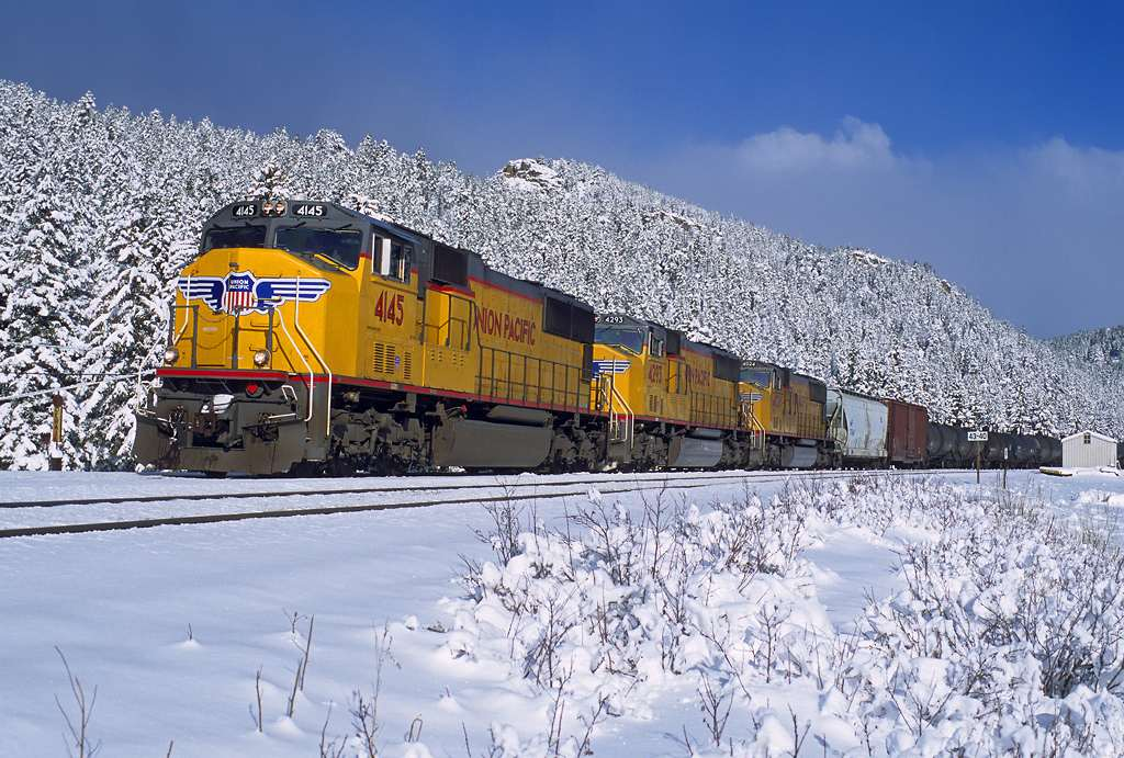trains-snow-17-Copy