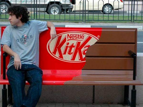 Publicidad con creatividad de la marca KitKat.