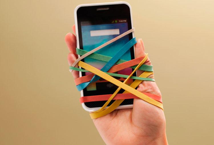 Atrapados al Smartphone. Adictos a las nuevas tecnologías.