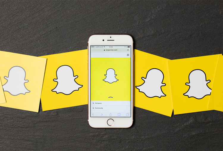 Snapchat, amarillo. Color de identidad corporativa